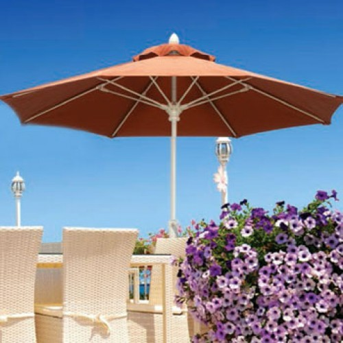 11 Foot Fiberglass Residential Market Umbrella